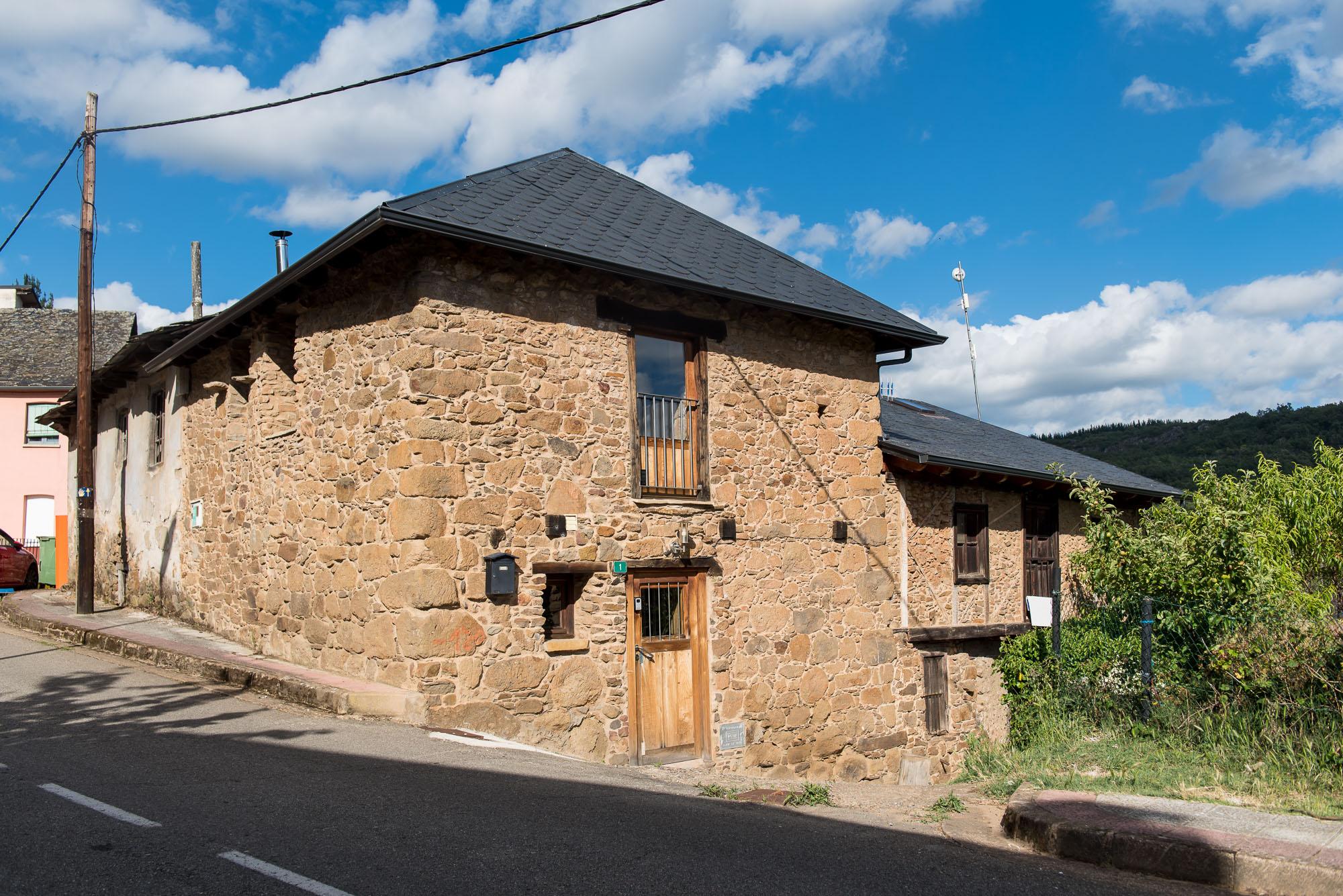 Casa de piedra reformada a 5km de Bembibre